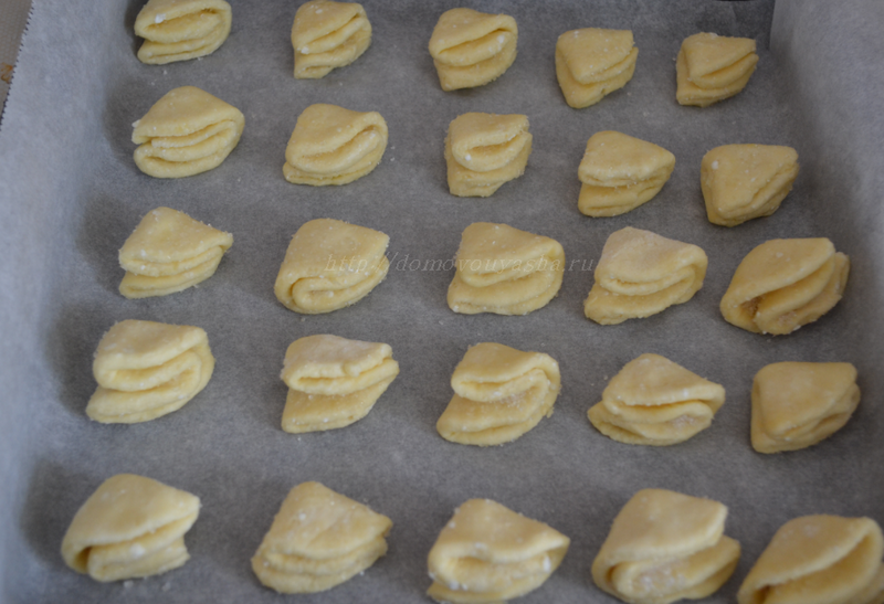 Печенье ушки из творога рецепт с фото