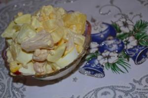 салат с ананасом и кукурузой рецепт с фото