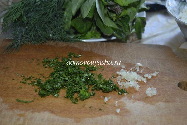 Закуска из творога с чесноком и зеленью
