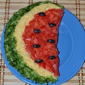 Salat-arbuznaya-dolka300