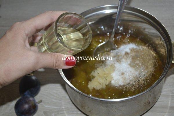 Соус из слив к мясу рецепт с фото