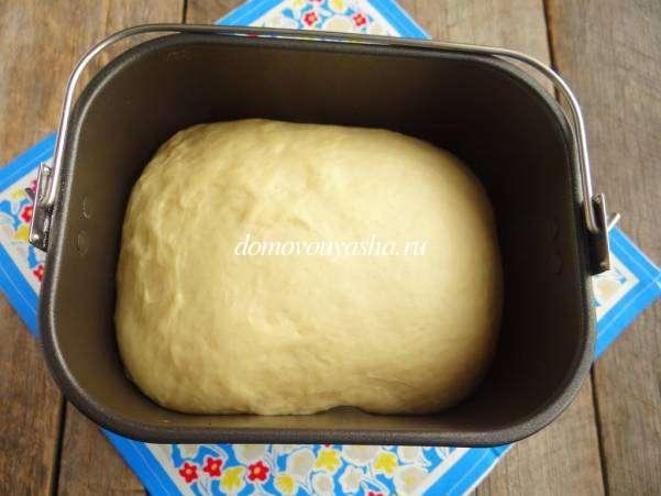 Пирожки с капустой из дрожжевого теста в духовке