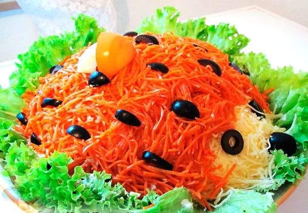 Вкусный салат Ежик с корейской морковью