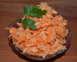 салат морковь +с яблоком