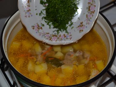 Как приготовить тушеную картошку с мясом.