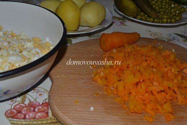 оливье с куриным филе
