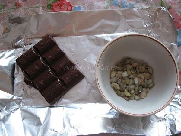 Кекс с начинкой из шоколада с фото