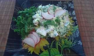 Салат из щавеля с редисом