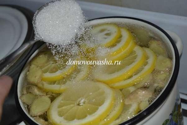 Охлаждающий напиток из имбиря и лимона