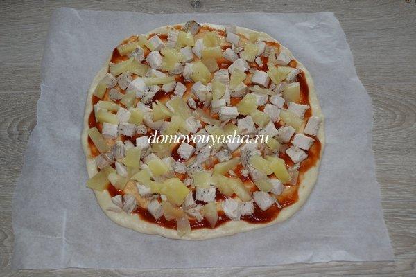 Гавайская пицца с ананасами и курицей рецепт