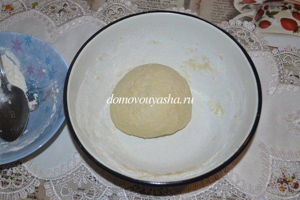 Быстрое дрожжевое тесто для пиццы рецепт с фото