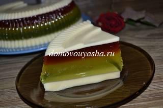 Желейный торт в разрезе