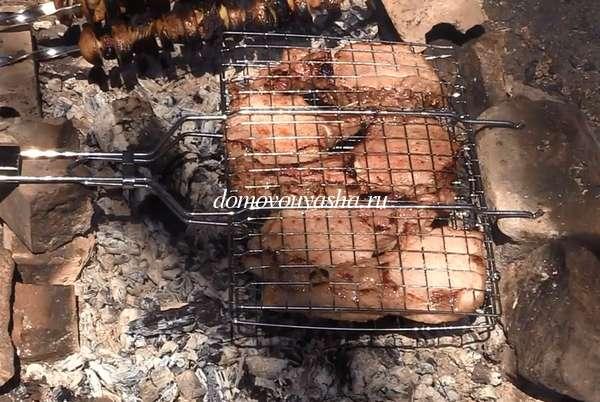 Свиные ребра на гриле