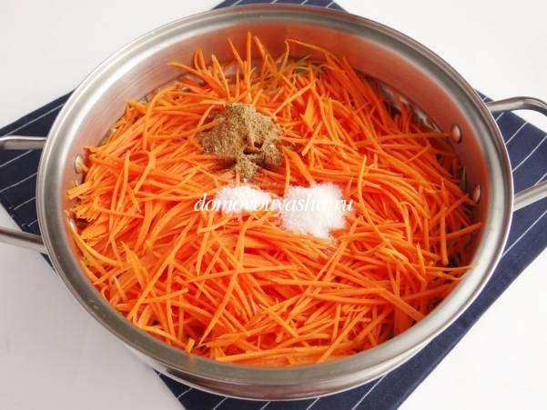 Кабачки с морковью по-корейски на зиму
