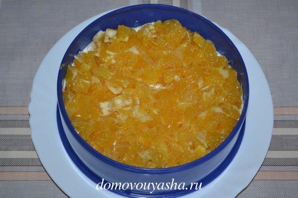 Салат с курицей, апельсином и сыром