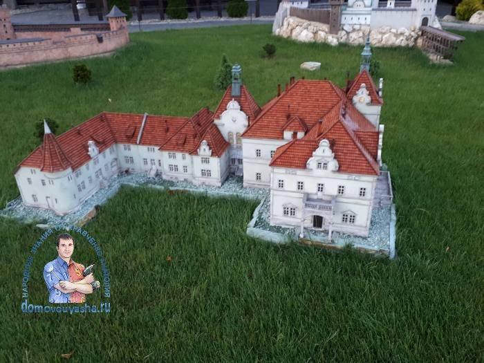 Замок Берегвар илиДворец графов Шёнборнов