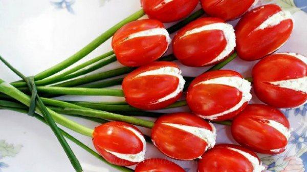 Холодная закуска Тюльпаны из помидоров