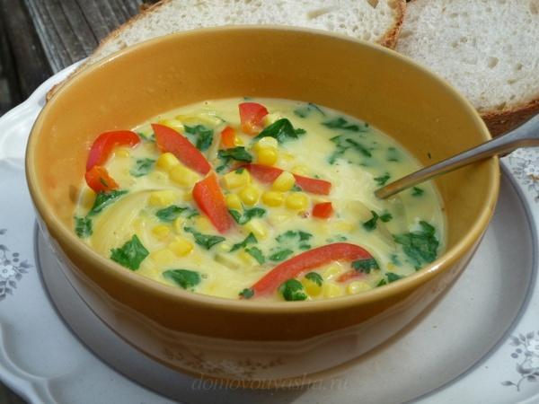 Суп из кукурузы с сухариками и сладким перцем