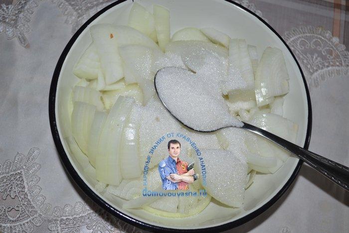 Как замариновать лук для салата