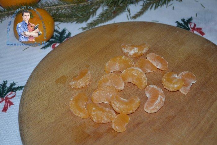 Салат с мандаринами и крабовыми палочками