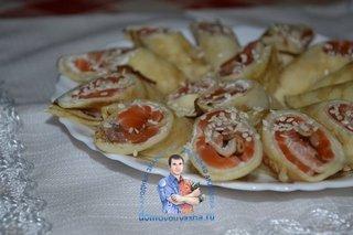 Блины с красной рыбой и сливочным сыром рецепт с фото пошагово