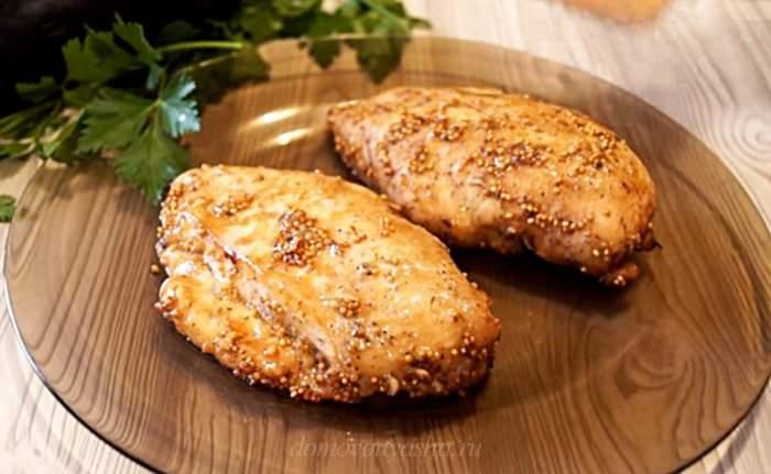 Как приготовить куриную грудку в духовке