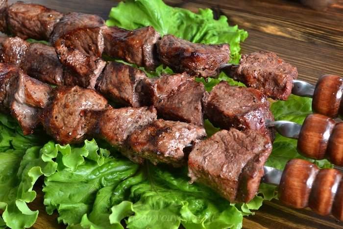 Очень вкусный шашлык из говядины простым способом