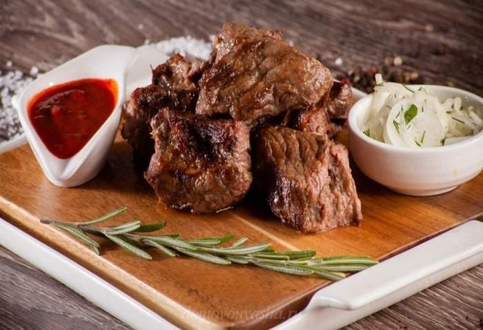 Как быстро и вкусно мариновать говядину в минеральной воде