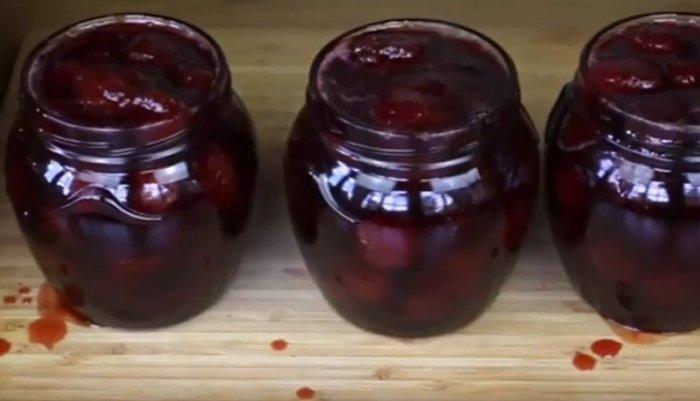 Варенье из вишни с косточкой густое на зиму
