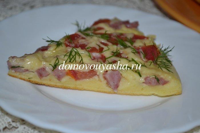 пицца за 10 минут на сковороде с колбасой и сыром