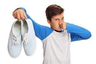 чем лучше обработать обувь при грибке и запахе