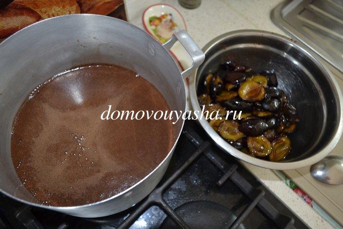 Сливы в шоколаде с какао на зиму