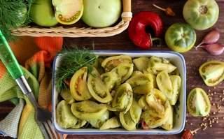 Засолка зелёных помидоров холодным способом в ведре и кастрюле
