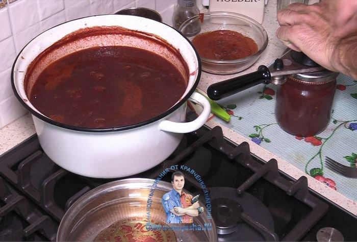Вкусный соус из слив к мясу