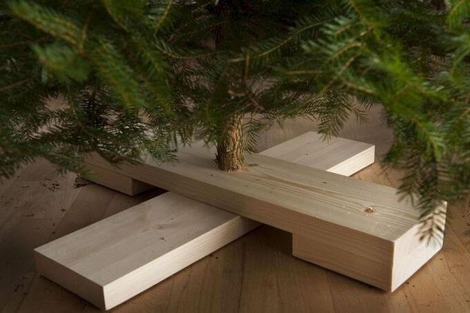 Что сделать чтобы елка долго стояла