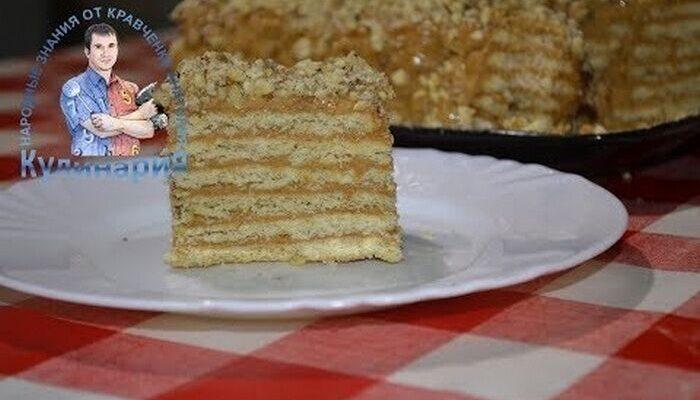 Простой торт из печенья и сгущенки