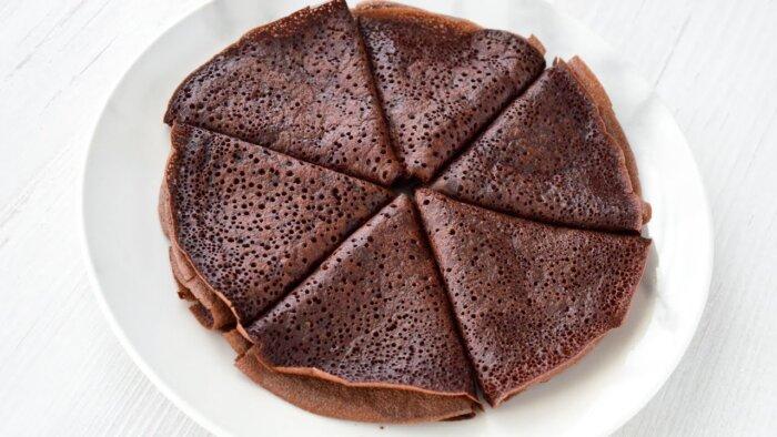 Шоколадные блины на кефире с какао