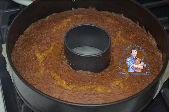 Пирог тыквенный на кефире и манке