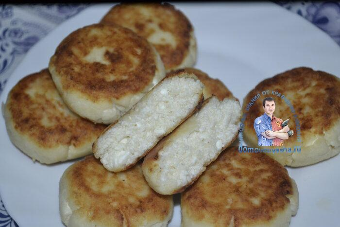 Сырники без яиц с манкой на сковороде